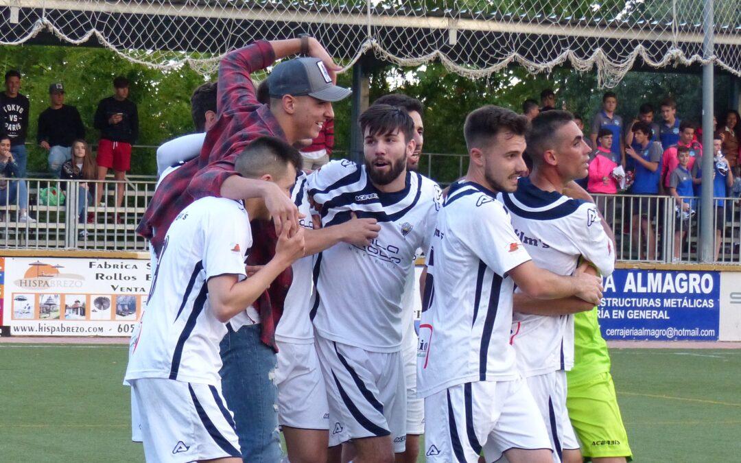 El Atlético Marbella logra la salvación pese a empatar frente al Atl.Benamiel (1-1)