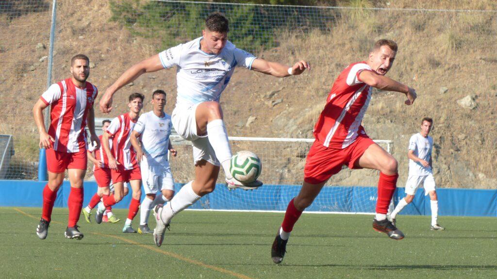 Borja anotó tres goles en el partido.